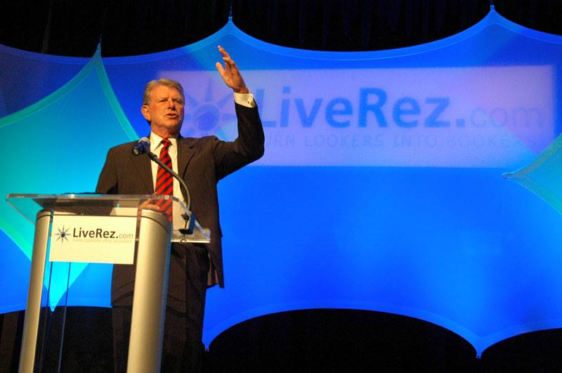 Idaho Governor talk to Vacation Rental Managers